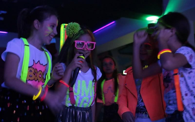 Petreceri Karaoke zona Berceni - Tineretului